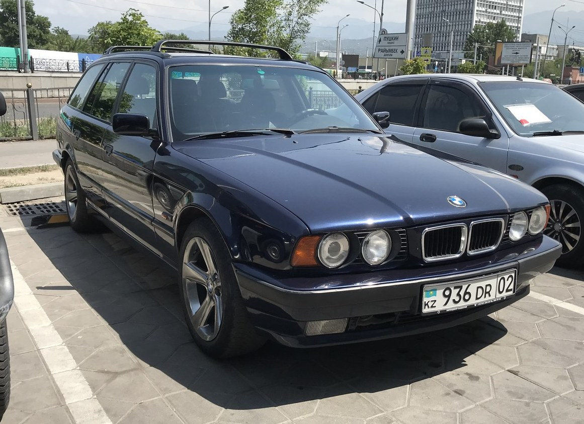 "<span style=""font-weight: bold;"">BMW 525 1994 год.&nbsp;</span><span style=""font-weight: bold;"">Сдан в Аренду</span><span style=""font-weight: bold;"">!&nbsp;</span>"