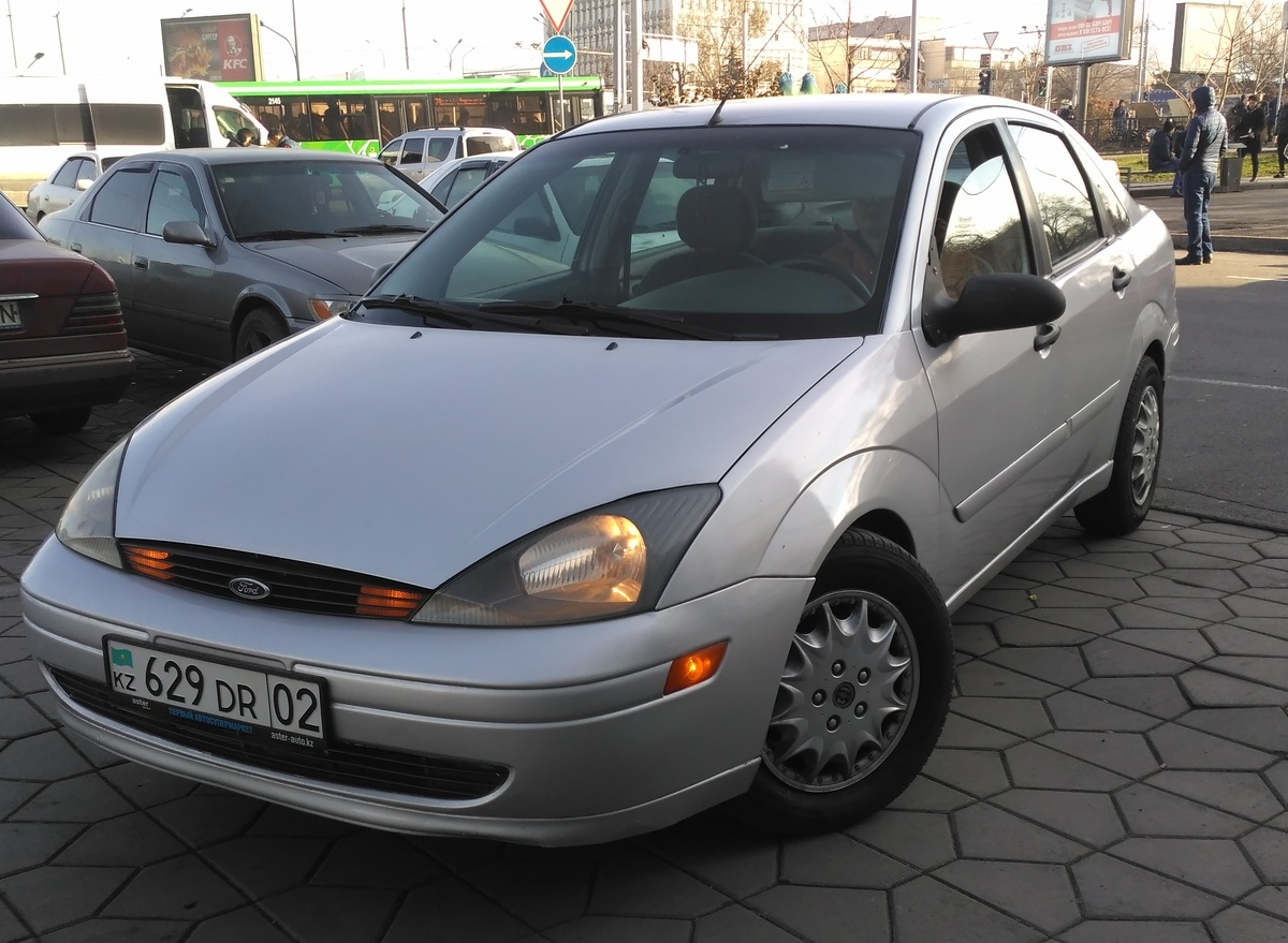 "<span style=""font-weight: bold;"">Ford Focus 2003 год. Автомобиль в Наличии!&nbsp;</span>"